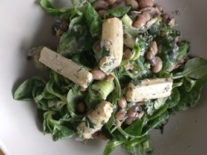 >Salade aux asperges blanches et haricots Mavromatika…