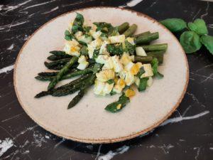 >Salade d'asperges à la feta